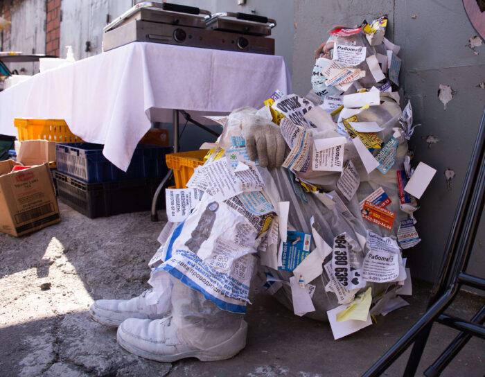 приняли участие в мусорном дефиле